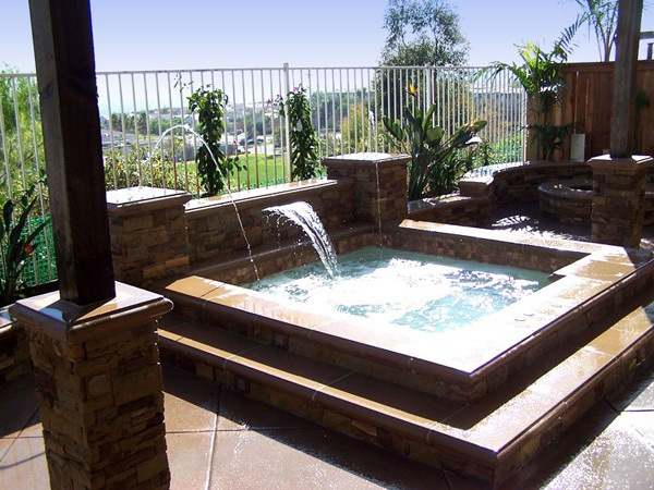 Outdoor hot tubs spa custom inground hot tubs - Jacuzzi exterior medidas ...